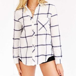 Urban Outfitters | Blue & White Flannel NWOT M